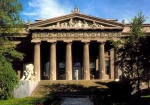 Депутаты обеспокоены возможной продажей Национального художественного музея