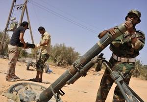 Повстанцы захватил порт одного из последних бастионов Каддафи