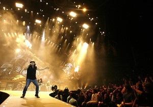 На концерте AC/DC серьезно пострадал фанат