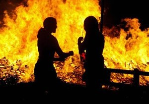 Пожар - Пожары в Херсонской и Одесской областях: шесть человек погибли