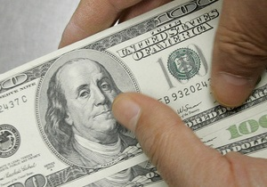 Украинцы на этой неделе стали сдавать на 50% больше валюты - НБУ