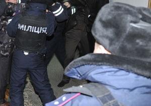 Силовики взяли под охрану полиграфкомбинат Украина