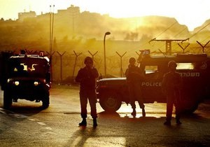 В Израиле ищут группу боевиков, прорвавшихся через границу