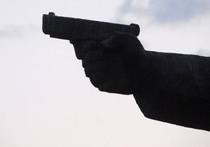В Киеве против россиянина, который открыл стрельбу в паспортном столе, возбуждено дело