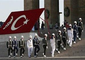 В Турции арестовали четырех генералов за подготовку военного переворота