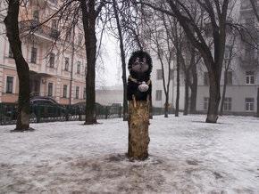 В Киеве поставили памятник Ежику в тумане