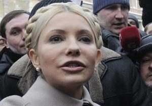 Тимошенко вышла из ГПУ: Никаких следственных действий не было