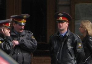 Российского милиционера подозревают в избиении детей-сирот и воспитательницы интерната