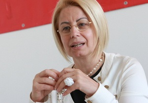 СМИ: Врачи запретили Анне Герман двигаться