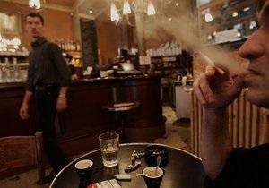 Загрязненность воздуха киевских кафе, где курят, в 12 раз превышает норму