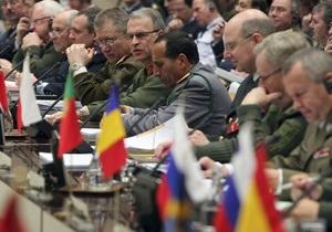 В Брюсселе состоялась встреча начальников генштабов России и стран НАТО