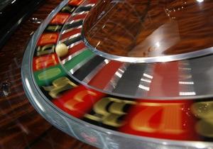 Американка проиграла в казино деньги на колледж для внука