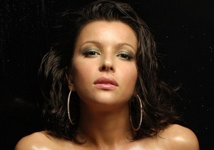 Тело погибшей в Египте актрисы Оксаны Гайвась планируется перевезти в Украину 12 марта - МИД