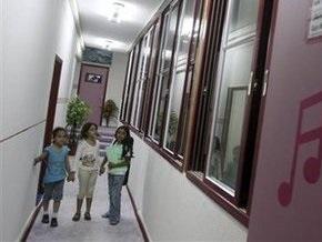 В палестинской школе учитель сбросил старшеклассника с третього этажа