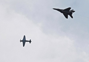 Фотогалерея: От винта! В Киеве проходит фестиваль ретро-самолетов