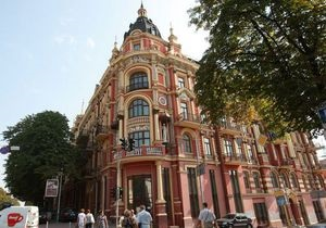 Корреспондент назвал Топ-15 самых красивых зданий Киева, Львова и Одессы