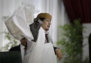 Каддафи назвал ложью слухи о его бегстве в Нигер