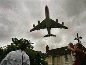 Бютовец предложил штрафовать на 17 тысяч гривен за распитие алкоголя в самолетах