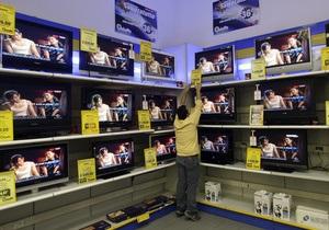 Американец пытался украсть телевизор, спрятав его в штанах