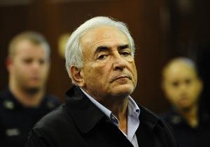 Горничная из нью-йоркского отеля готова дать показания в суде против Стросс-Кана