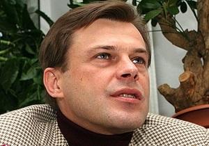 Кандидат от оппозиции по 211-му округу в Киеве заявляет, что угрожают его ребенку