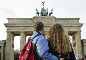 Постсоветские мигранты в Германии: за дипломом, за деньгами, за новой жизнью - DW
