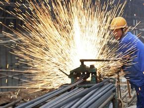 Из-за кризиса в Донецке две тысячи металлургов переведены на смежные работы