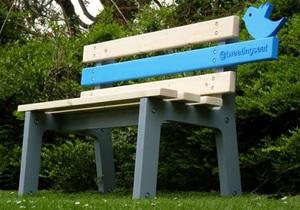 Британский студент разработал подключенную к Twitter скамейку