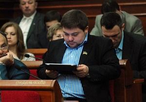 Киевсовет обязал владельцев киосков заключить договор об уплате паевого участия