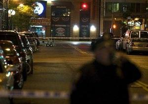 В центре Нью-Йорка полиция оцепила автомобиль из-за угрозы теракта