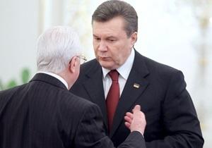 СМИ: С Януковичем произошел очередной конфуз
