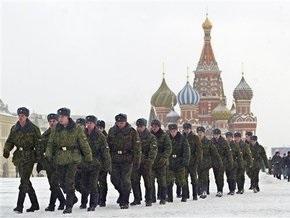 Медведев не будет увеличивать срок службы в армии РФ