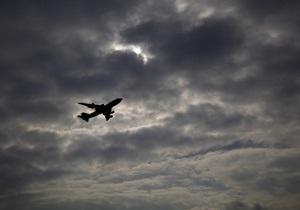 СМИ: Самолет с Балогой и японским послом не смог приземлиться в Ужгороде