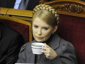 Новая газета: Тимошенко успешно использует итоги газовой войны для борьбы с Ющенко и Фирташем