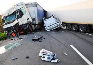 Авария  в Техасе с участием 150-ти автомобилей унесла жизни двух человек