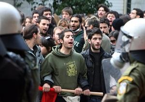 Полиция задержала 40 участников беспорядков в Афинах