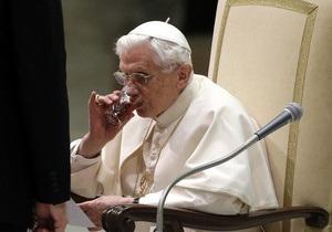 Папа Римский призвал молиться за него
