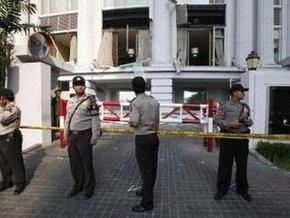 Полиция: Взрывы в Джакарте были терактами