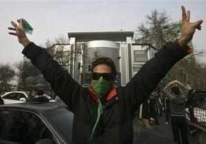 В Иране во время акций протеста оппозиции задержаны пятеро иностранцев, в том числе россияне