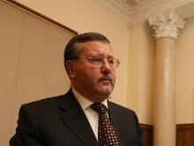 Гриценко опроверг заявления России о поставках украинского оружия в Грузию