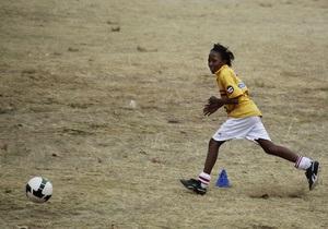 Выпускники Гарварда создали футбольный мяч, вырабатывающий электричество