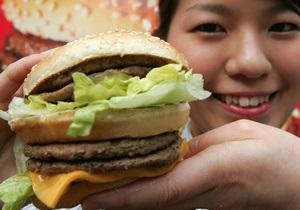 Американец требует $15 тысяч компенсации за иглу в бутерброде