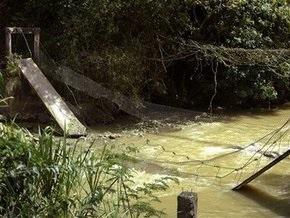 Власти Колумбии обвинили Венесуэлу в подрыве двух пешеходных мостов на совместной границе