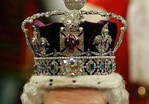 Индия требует от Великобритании вернуть бриллиант, украшающий корону королевы