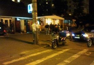 В Киеве мотоциклист наехал на  16-летнюю девушку на пешеходном переходе