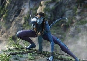 Аватар занял второе место в списке самых кассовых фильмов в истории кино