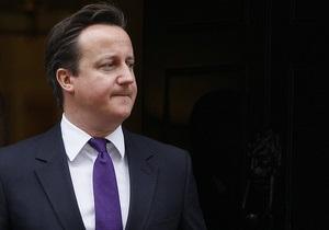 Кэмерон предостерегает политиков от битвы с ТВ-новостями