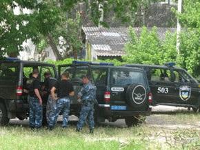 ТВ: В Марганце после убийства милиционера начались столкновения на межнациональной почве