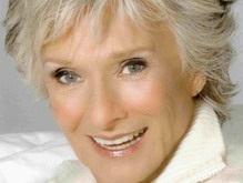 В Танцах со звездами примет участие 82-летняя актриса