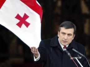 Саакашвили предложил урезать свои полномочия, расширив права парламента Грузии